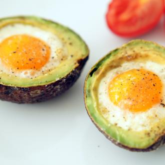 Avocado-Frühstücks-Ei
