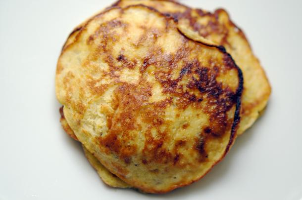 paleo-banana-pancakes-1