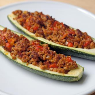 Gefüllte Zucchini-Boote